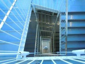 芸術館階段