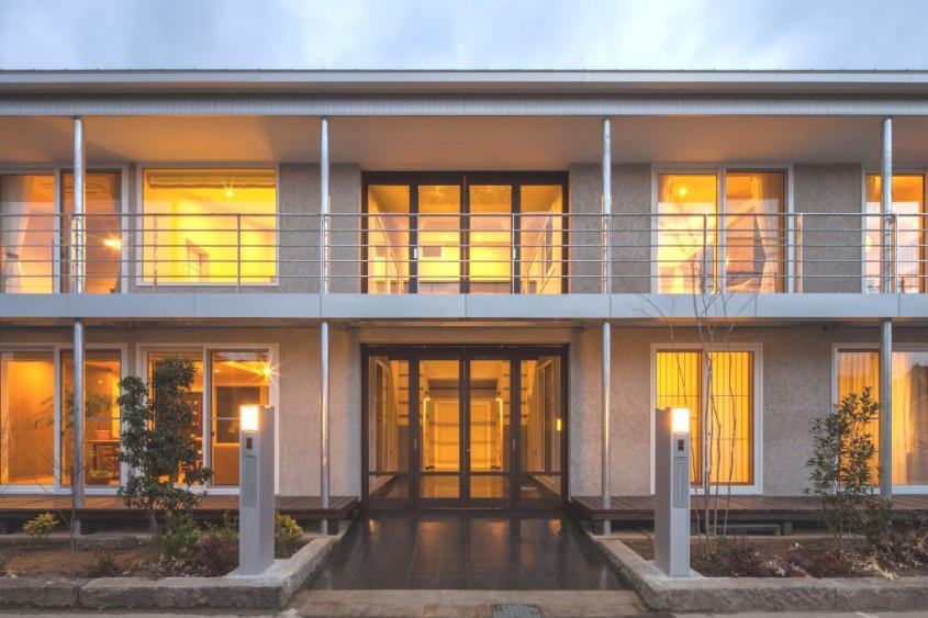 2016 長野市中御所の2世帯の家